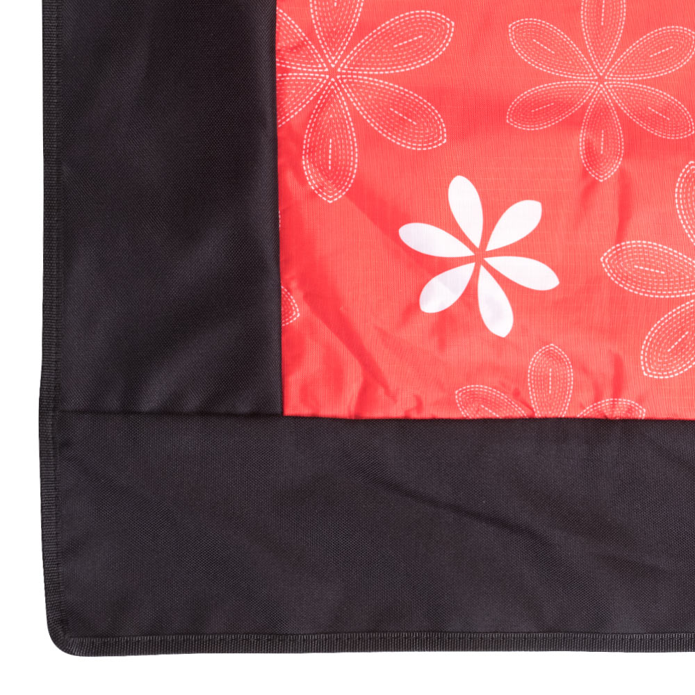 Edge Red Picnic Rug with Floral Pattern